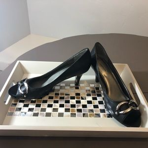 Croft & Barrow Black Peep Toe Heels Size 9.5 M